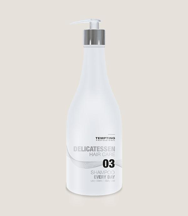 Betaiiniga ja magusa mandliõliga rikastatud Every Day šampoon igapäevaseks kasutamiseks