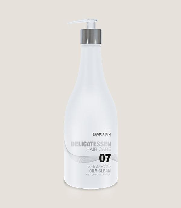 Oily Clean šampoon rasustele juustele sisaldab vitamiinidega rikastatud pärmiekstrakti
